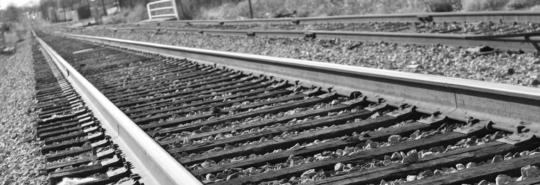 Vasúti kapcsolószerek, sínek